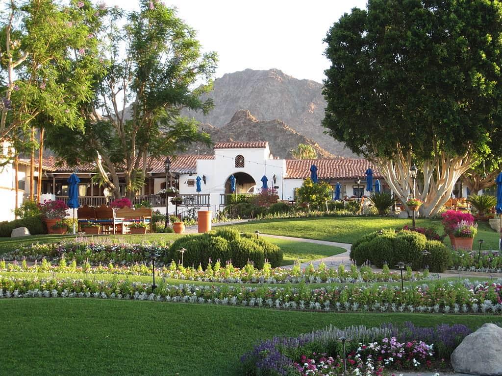 la quinta landscaping services